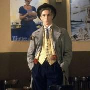 Christian Bale - galeria zdjęć - Zdjęcie nr. 2 z filmu: Dzieci swinga