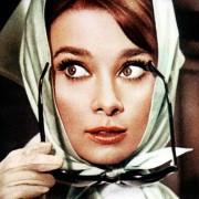 Audrey Hepburn - galeria zdjęć - Zdjęcie nr. 1 z filmu: Szarada
