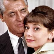 Audrey Hepburn - galeria zdjęć - Zdjęcie nr. 15 z filmu: Szarada