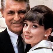 Audrey Hepburn - galeria zdjęć - Zdjęcie nr. 16 z filmu: Szarada