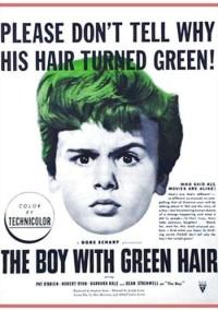 Chłopiec z zielonymi włosami