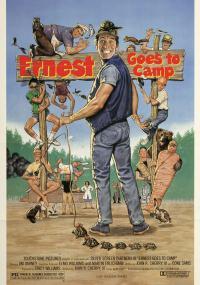 Ernest jedzie na biwak