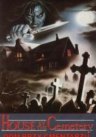 Dom przy cmentarzu