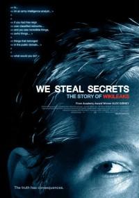 Ściśle tajne: Historia WikiLeaks (2013) plakat