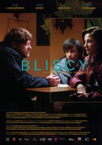 Bliscy (2020) plakat
