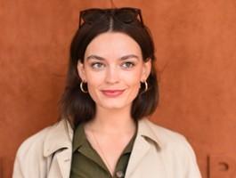 """Emma Mackey zagra autorkę """"Wichrowych wzgórz"""""""