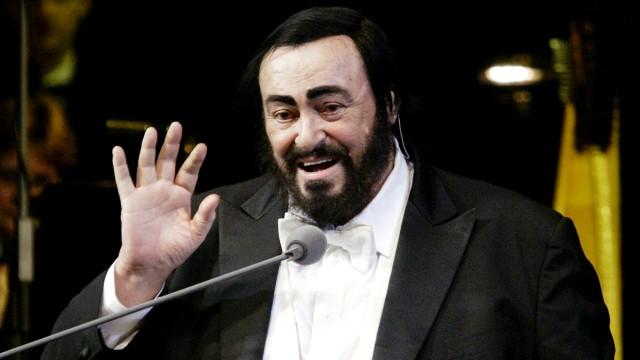 Ron Howard kręci film o Pavarottim