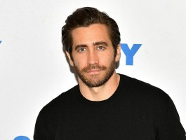 "Jake Gyllenhaal przeniesie na ekran ""Fun Home"" Alison Bechdel"