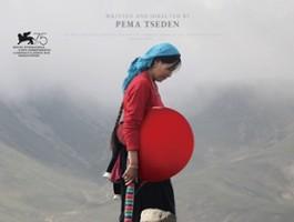 Pięć Smaków: Tybetański poeta kamery w podróży do Warszawy