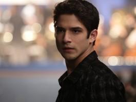 """Gwiazdor """"Teen Wolf"""" utknie w mieszkaniu podczas plagi"""