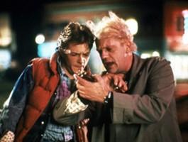 """James Gunn: czy """"Powrót do przyszłości"""" ma dziurawy scenariusz?"""
