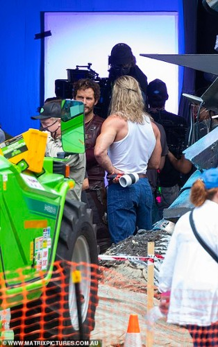 38720702-9209501-Action_Chris_Hemsworth_and_Chris_Pratt_both_appeared_to_be_in_de-a-8_1612182201520.jpg