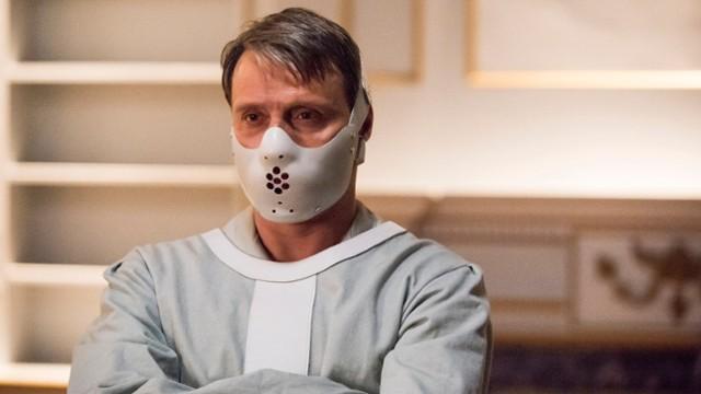 Najlepsze seriale o psychopatach. Top 15 seriali o seryjnych...