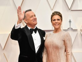 "Tom Hanks wyszedł ze szpitala. Reżyser ""Shang-Chi"" bez COVID-19"