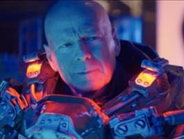FOTO: Bruce Willis jako pogromca kosmitów