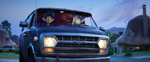 Onward-Pixar-Tom-Holland-Chris-Pratt.jpg