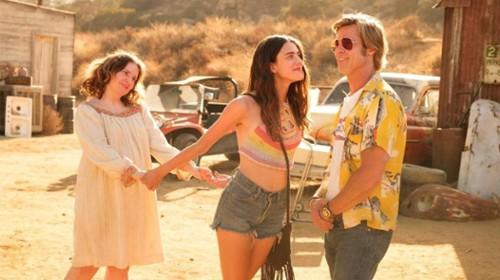 once-upon-hollywood-pitt-qualley.jpg