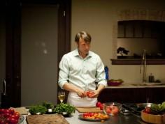 """COMIC-CON 2015: Serialowy """"Hannibal"""" powróci jako film?"""