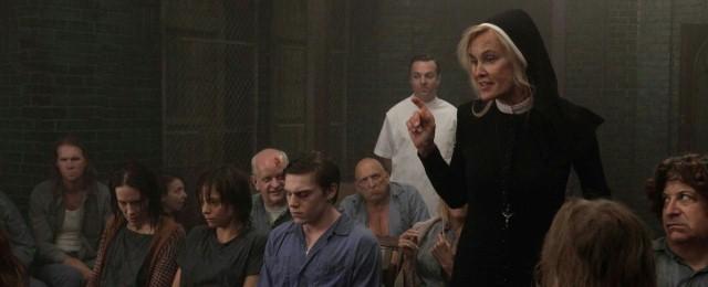 Jessica-Lange-in-American-Horror-Story-Asylum.jpg
