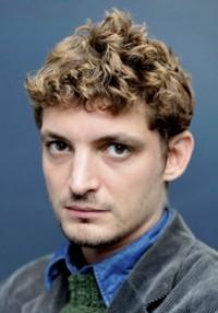Niels Schneider
