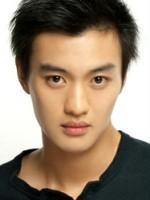 Yiwei Zhou