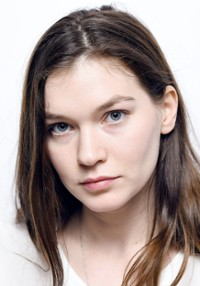 Hannah Gross I