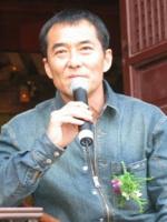 Qingxiang Wang