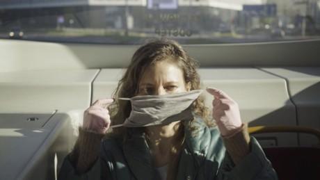 """Kadr z video Twórcy """"W domu"""" opowiadają o wpływie koronawirusa na kino"""
