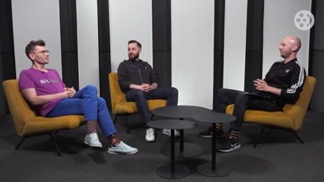 """Kadr z video """"xABo: Ksiądz Boniecki"""", """"Polowanie"""""""