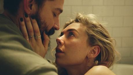 """Kadr z video Vanessa Kirby i Kornél Mundruczó o """"Cząstkach kobiety"""""""