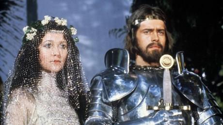 Kadr z video Excalibur